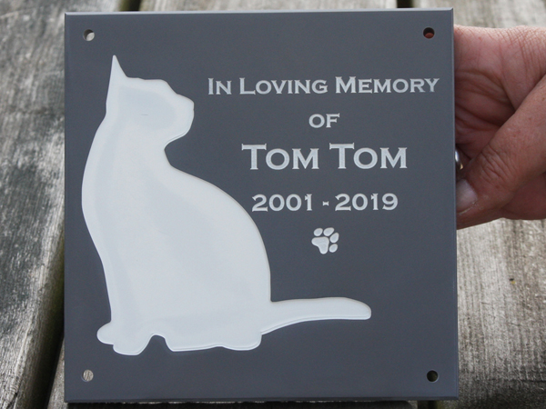 A wide selection of pet memorials crafted by The Sign Maker.