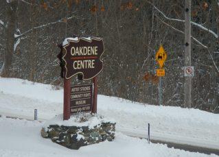 signs - Oakdene - winter