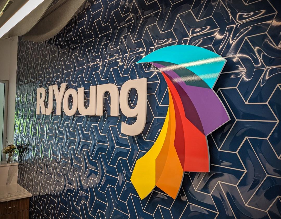 RJ Young_3D Logo