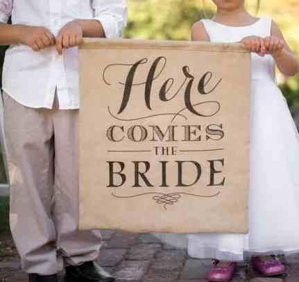 Here-Comes-The-Bride-Burlap-Sign-l