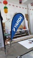 2.2m teardrop banner - Yardi