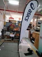3.3m teardrop banner - ASICS