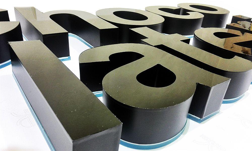 объемные буквы chocolaterie