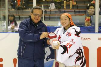 Caroline Ang winning the player of the game