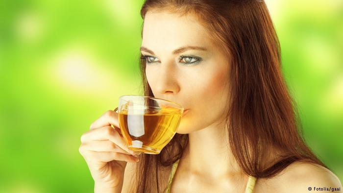 الشاي الأخضر بدل القهوة