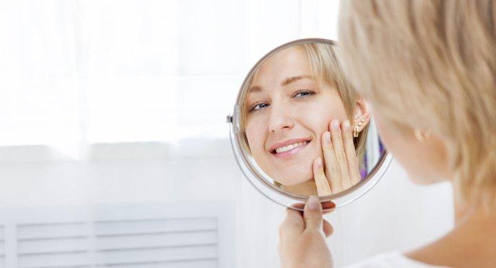 الأطباء يجدون طريقة بسيطة لتجديد بشرة الوجه