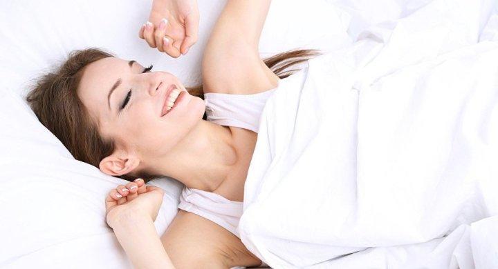 الوضعية المثالية للنوم… هكذا تتدرب عليها