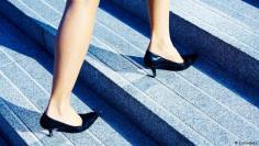 صعود السلالم .. رياضة منسية لها فوائد عديدة!
