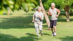ممارسة كبار السن نشاطا بدنيا خفيفا يقيهم عواقب وخيمة