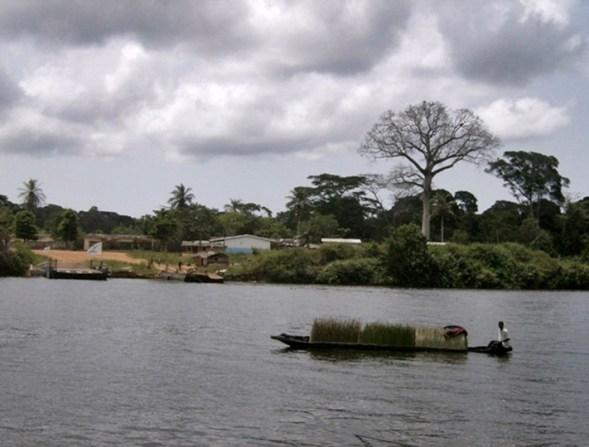 border crossing, Cote d' Ivoire