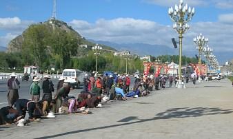 prayers in Tibet. Bacipacks and Bra Straps