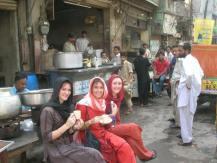 Maggie-the-Mom drink tea Pakistan