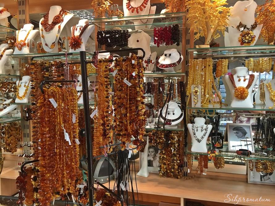 Old Town Tallinn Amber shops