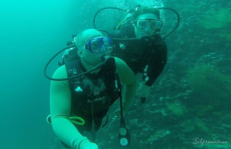 Galápagos Island scuba diving Savannah and Kees