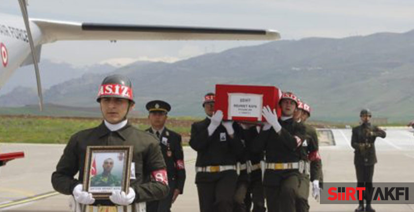 Şehit Er Mehmet Kaya Siirt'te Toprağa Verildi