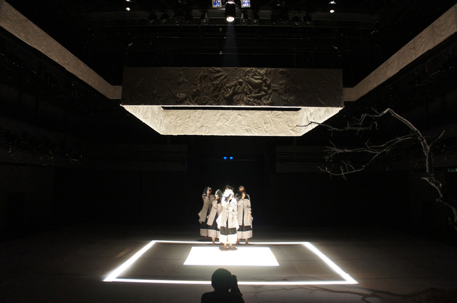 koreanartist_sijaebyun_contemporarydance_setdesign_space_dance_contemporary_stage18