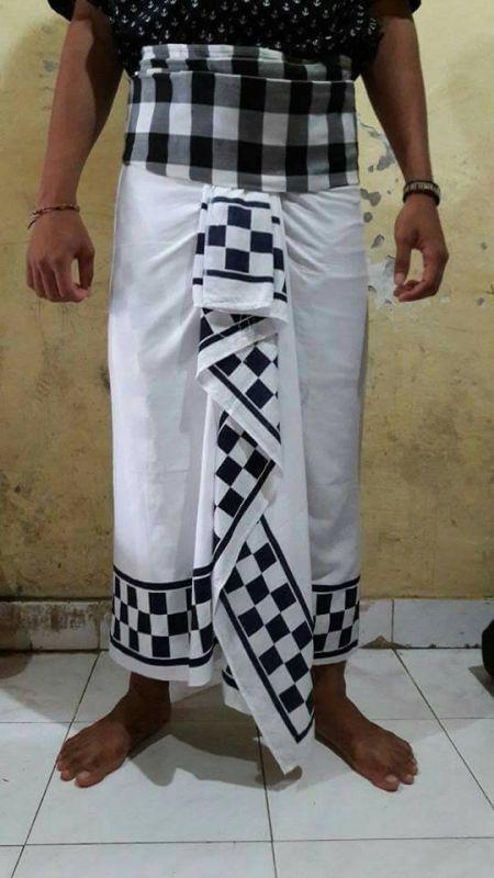 5 Pakaian Adat Bali Pria dan Wanita Lengkap  Gambar