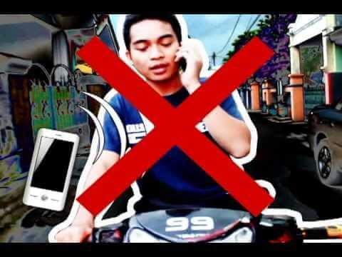 Jangan menggunakan ponsel saat berkendara
