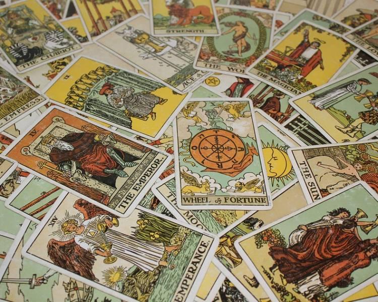 cărți de tarot