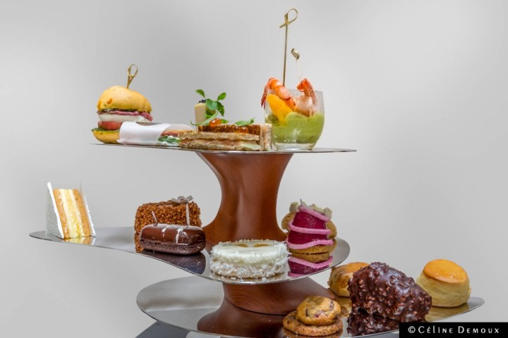Teatime-Hotel-Burgundy-Silencio-01