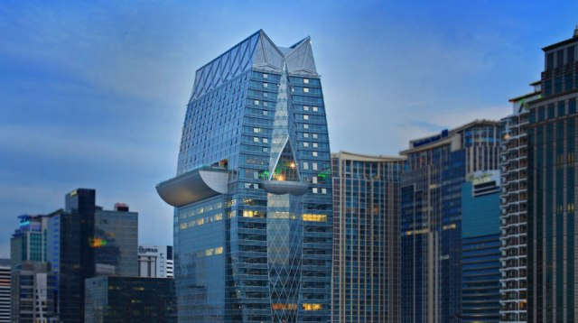 hotel-bangkok-piscine-toit-okura-prestige-silencio