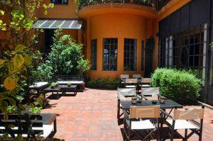 patio-hotel-legado-mitico-salta-silencio