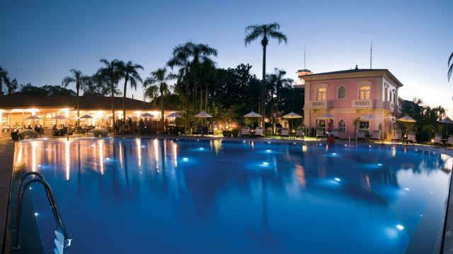 swimming-pool-belmond-iguazu-cataratas-iguacu-falls-silencio