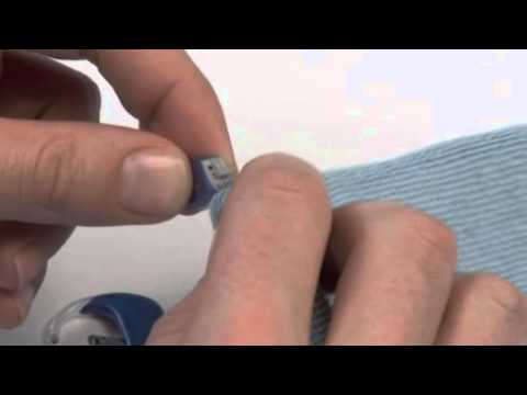 Oticon Amigo – Trouble Shooting: How to Clean the Contacts