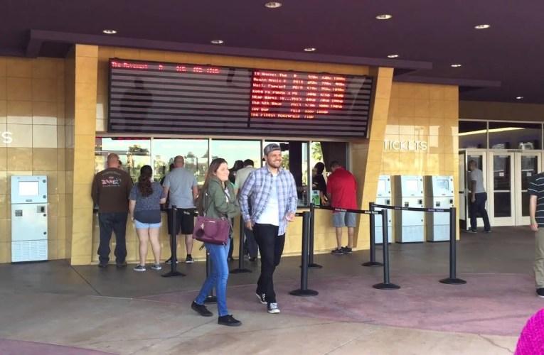 Everyday Deaf Life: Going To the Movies