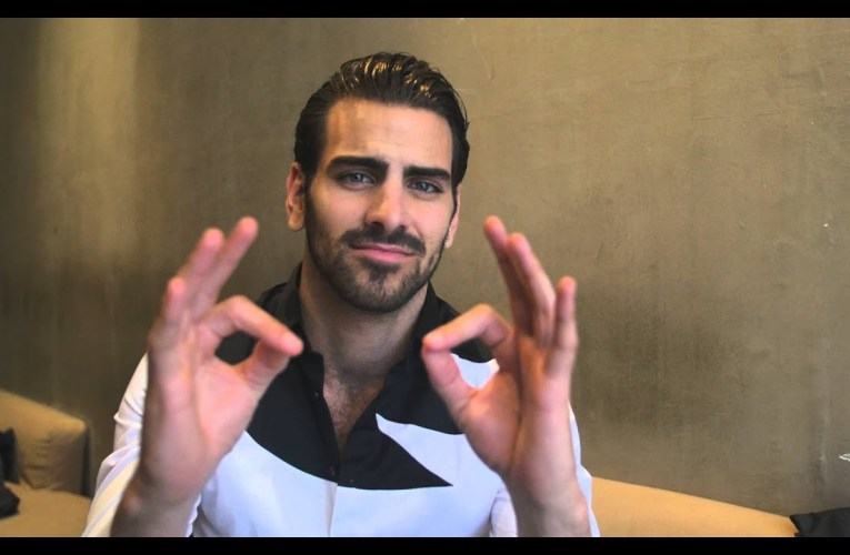 Nyle DiMarco teaches Aussie slang in Sign Language