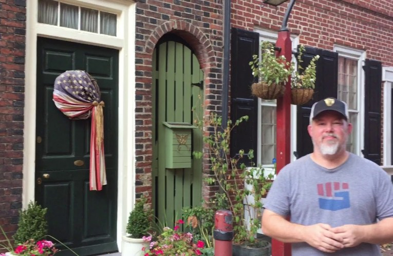 Elfreth's Alley: The First and Oldest Residential Street in America