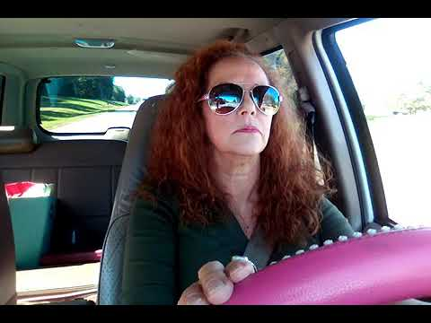 """""""Family"""" by Pink in #ASL by actress & #deaftalent Jennifer Delora"""