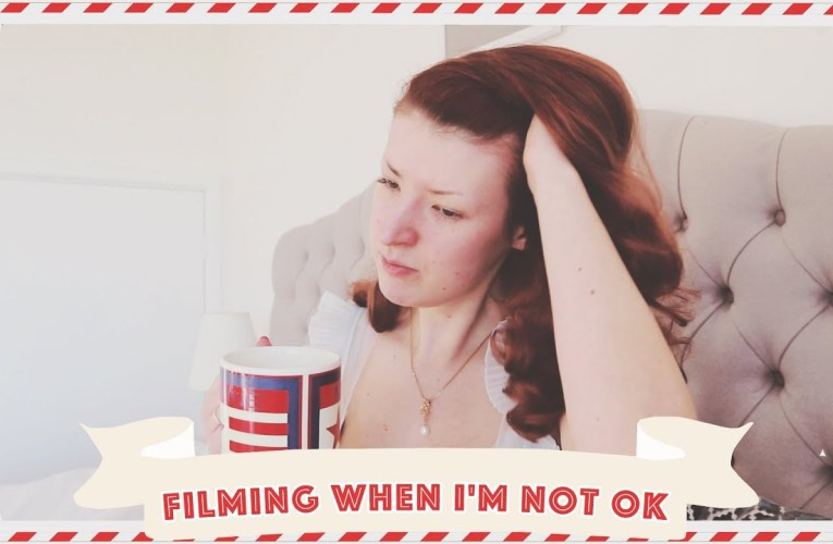 Why I Film When I'm Not Feeling Good // Vlogmas 2019 Day 13
