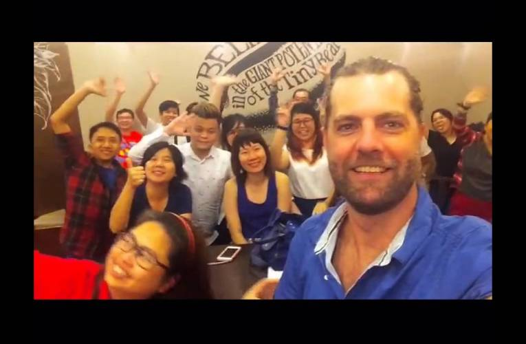 Had a great time with #Deaf #Singaporeans at a #Starbucks.