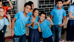 Fundraiser for Deaf Schools in the Philippines | Deaf and Hearing Couple