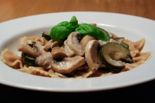 Farfalle with Zucchini and Mushrooms