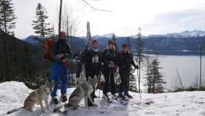 Die erste Skitour mit den Kids, Delphi und Aracho.
