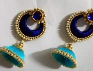 Light blue and dark blue earrings