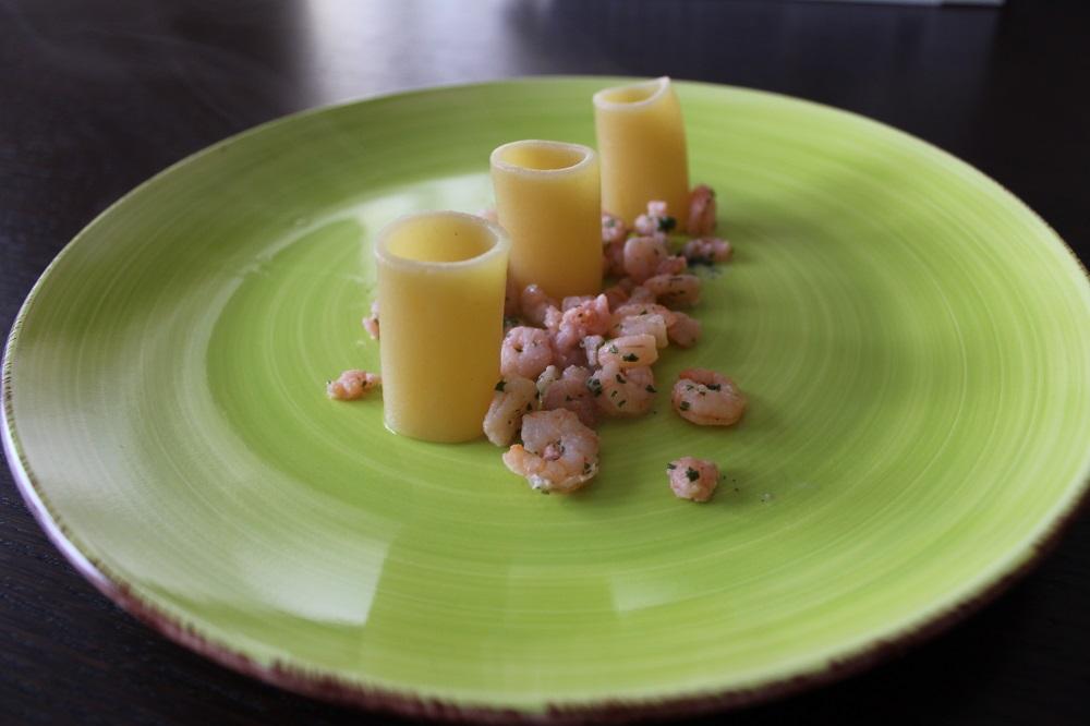 Paccheri all'ananas con gamberetti