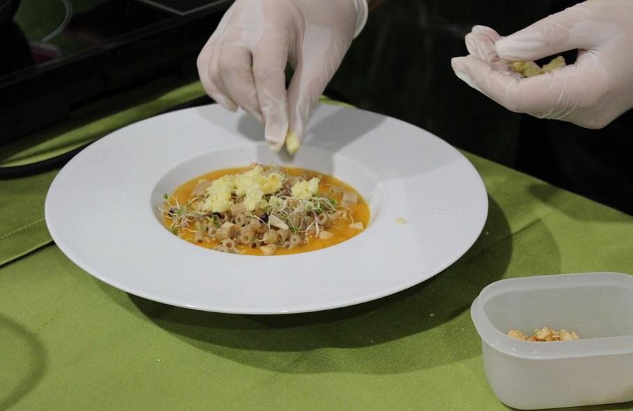 il piatto di Ilenia Bazzacco a Food&Love, evento enogastronomico e digital marketing a Grezzana