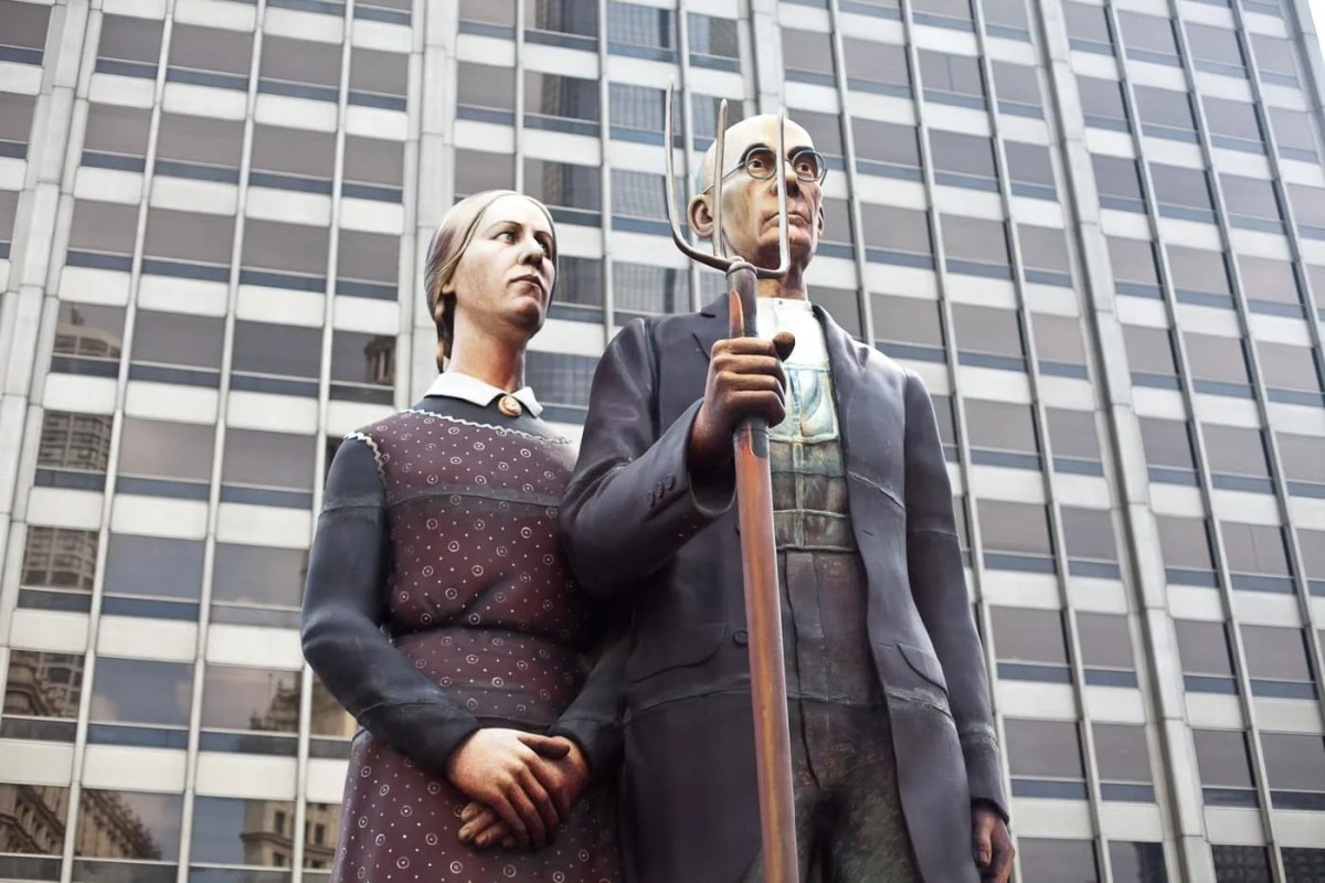 God Bless America – American Gothic Statue