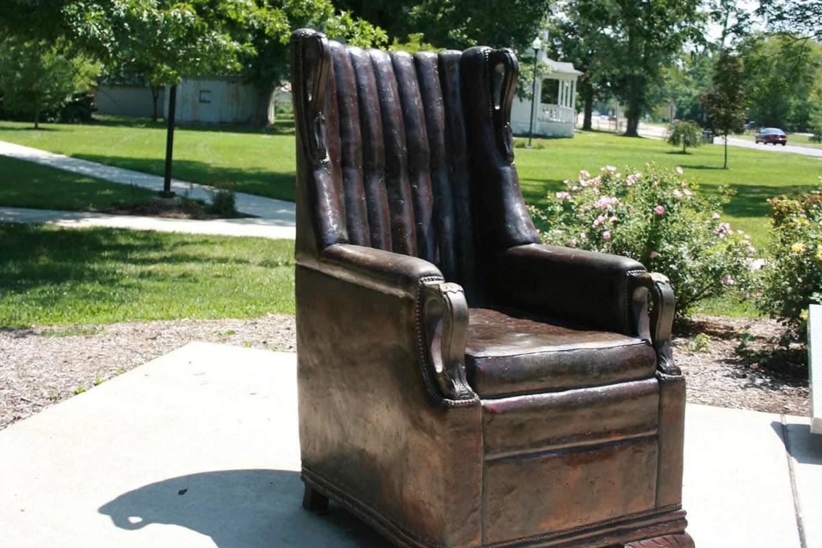 Replica of Robert Wadlow's Chair in Alton, Illinois
