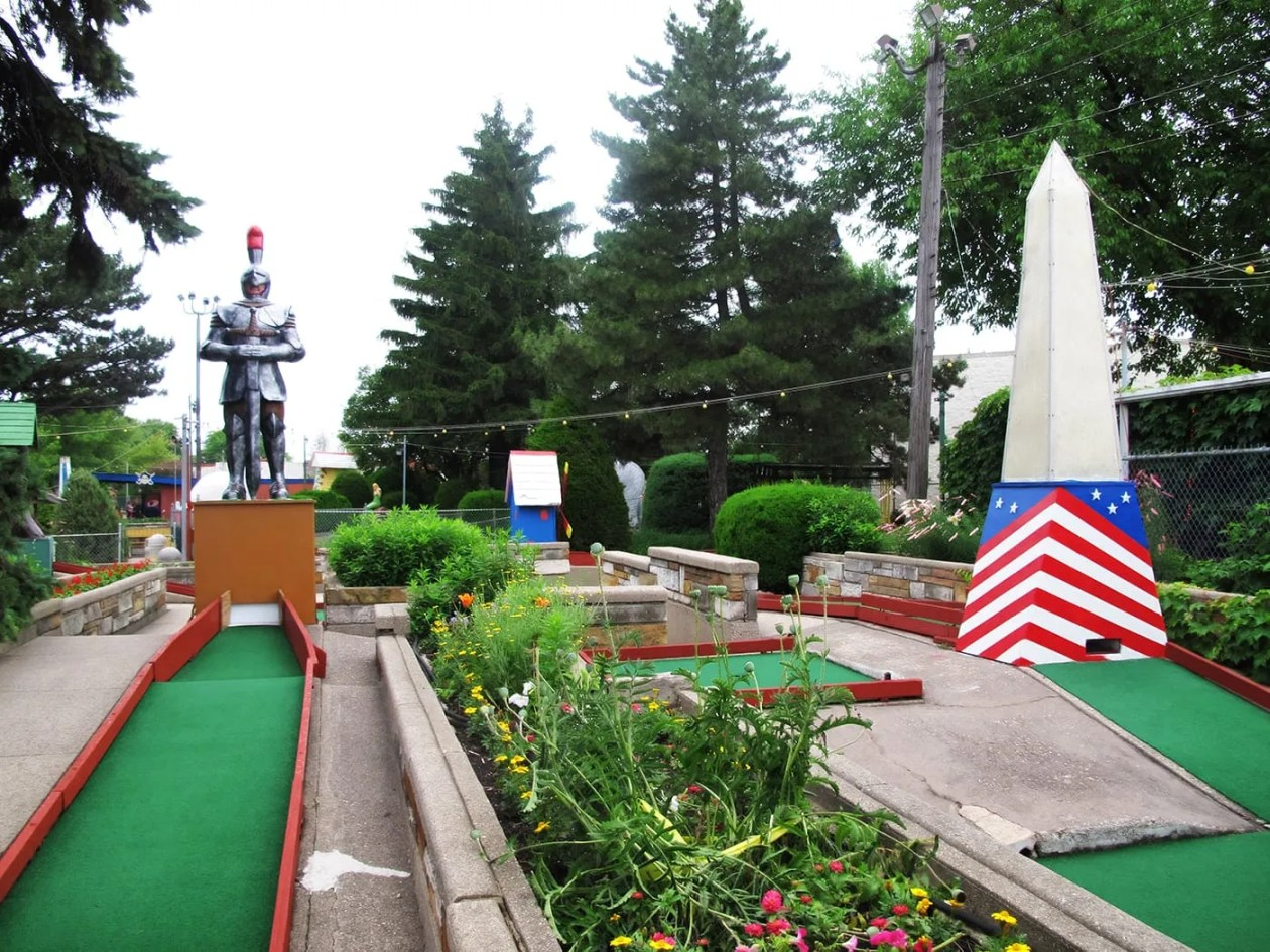Novelty Golf in Lincolnwood, Illinois.