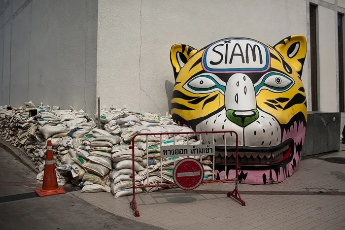 Giant Cat Heads (and another giant rocker) in Bangkok, Thailand