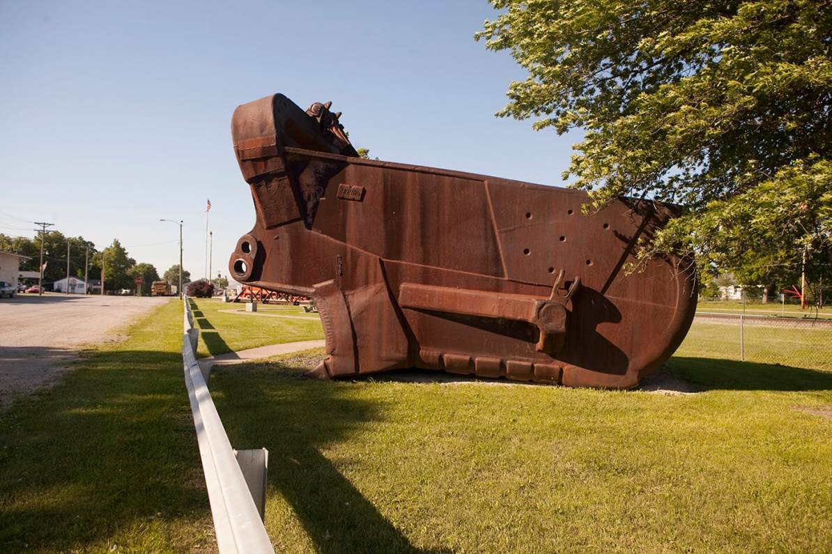 World's Largest Coal Shovel in Rich Hill, Missouri