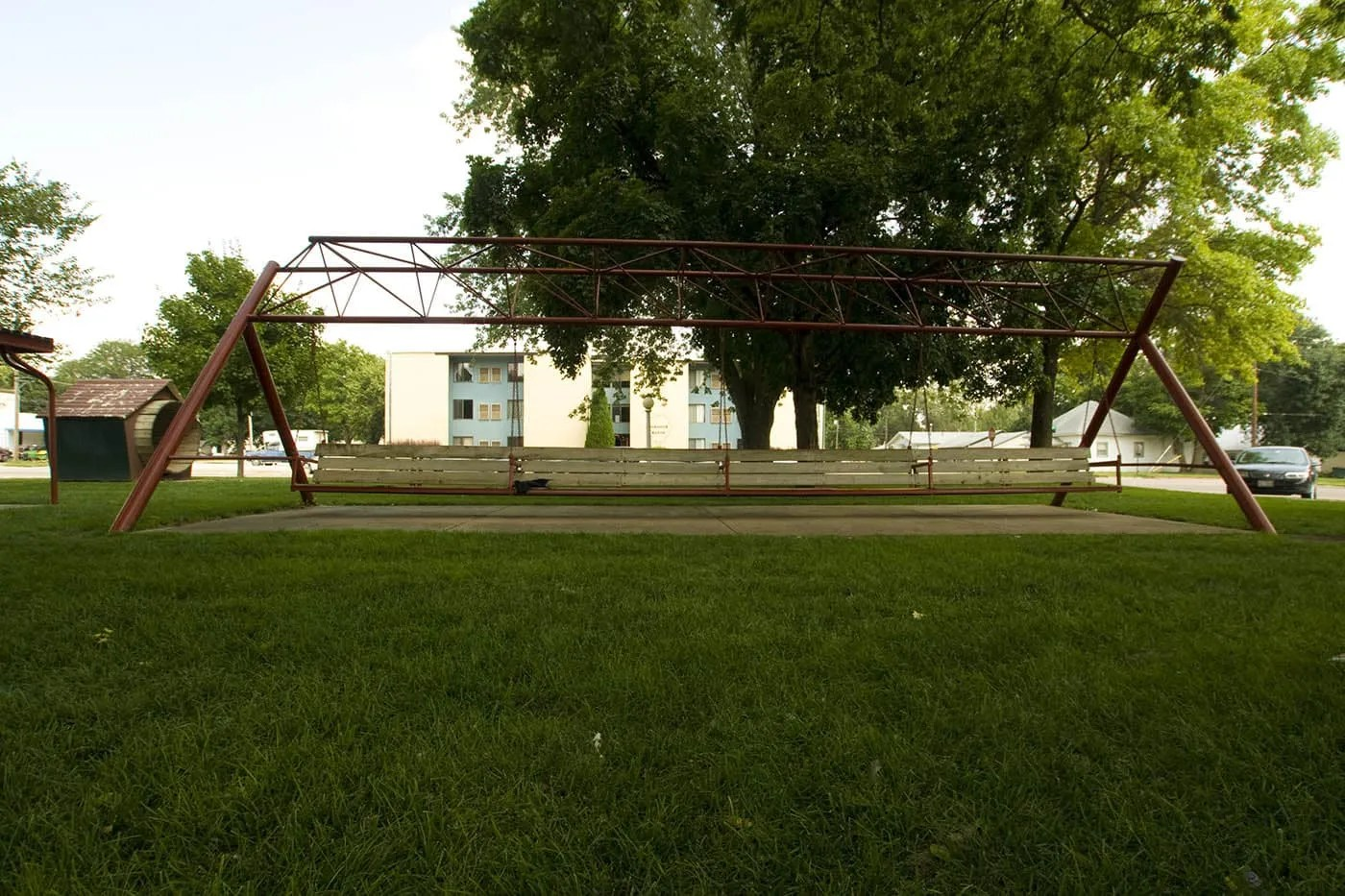 World S Largest Porch Swing In Hebron Nebraska Silly America