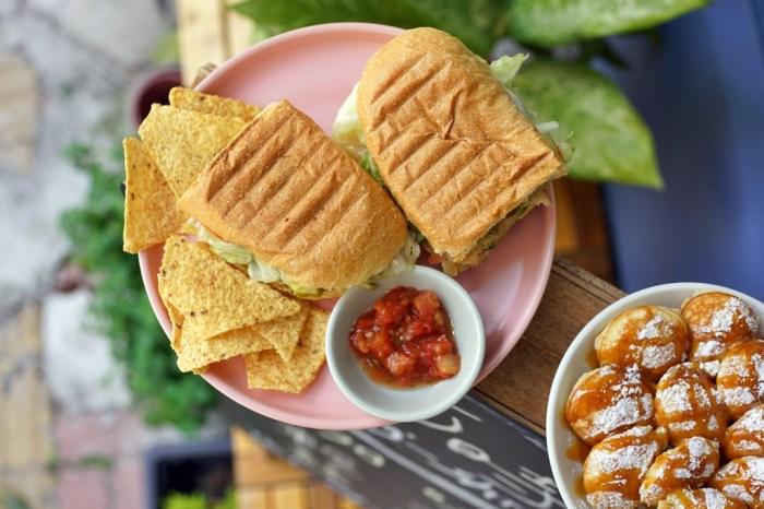 新竹美食│何時咖啡廳。金山街平價早午餐‧荷蘭小鬆餅*