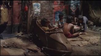 Salaam-Bombay-slum-dwellers