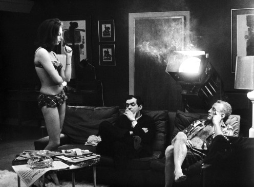 Kubrick directing a scene Dr Strangelove