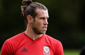 Gareth Bale's agent responds angrily to Manchester United rumours